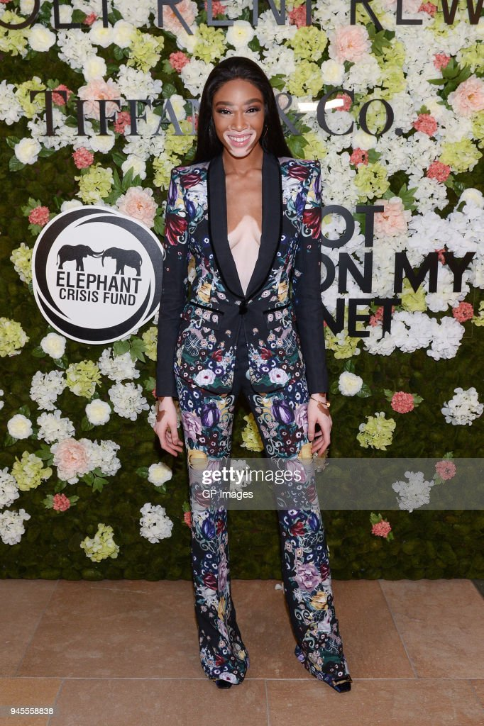 Holt Renfrew Celebrates Knot On My Planet Black Tie Gala Dinner In Toronto Co-Hosted By Doutzen Kroes And Alexandra Weston