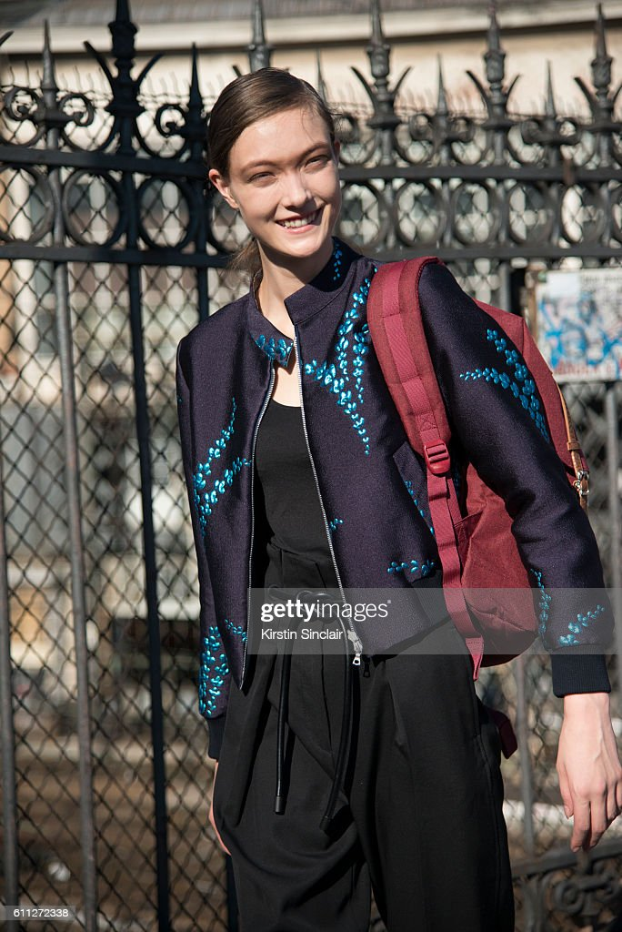 Street Style : Day Two Paris Fashion Week Spring/Summer 2017