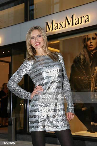 Model Yvonne Hölzel Beim Maxmara Shop Opening Und Vernissage Des 1 Maxmara Art Prize For Woman In Hamburg Am 120906