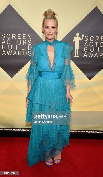 Model/actor Molly Sims attends the 24th Annual Screen Actors Guild Awards at The Shrine Auditorium on January 21 2018 in Los Angeles California