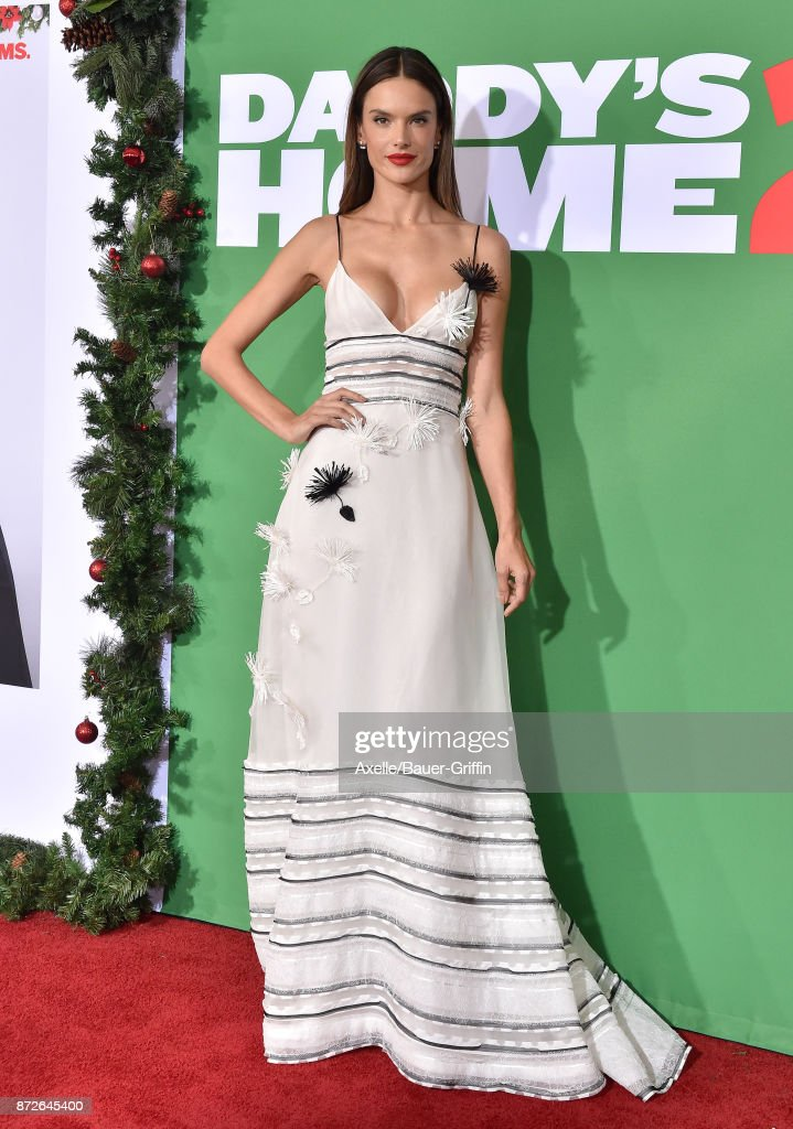Model/actress Alessandra Ambrosio arrives at the premiere of Paramount Pictures' 'Daddy's Home 2' at Regency Village Theatre on November 5, 2017 in Westwood, California.