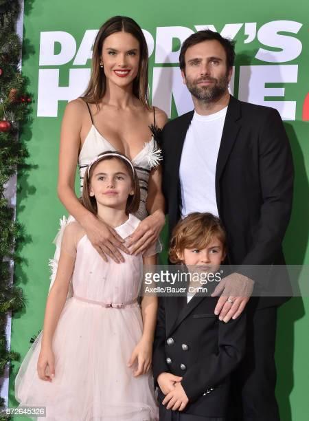 Model/actress Alessandra Ambrosio Jamie Mazur Anja Louise Ambrosio Mazur and Noah Phoenix Ambrosio Mazur arrive at the premiere of Paramount...