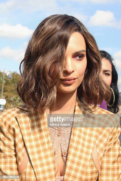 Model/actress Emily Ratajkowski attends the Nina Ricci show as part of the Paris Fashion Week Womenswear Spring/Summer 2018 on September 29 2017 in...