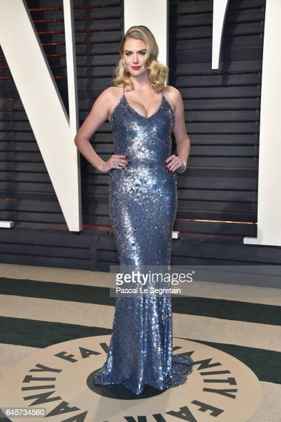 Modelactress Kate Upton attends the 2017 Vanity Fair Oscar Party hosted by Graydon Carter at Wallis Annenberg Center for the Performing Arts on...