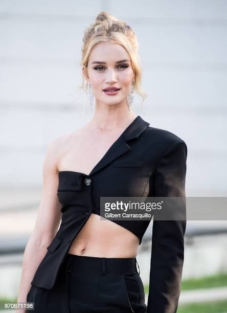 Model/actress Rosie HuntingtonWhiteley is seen arriving to the 2018 CFDA Fashion Awards at Brooklyn Museum on June 4 2018 in New York City
