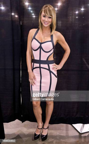 Model/Actress Sara Jean Underwood attends Philadelphia Comic Con 2013 Day 4 at the Pennsylvania Convention Center on June 2 2013 in Philadelphia...