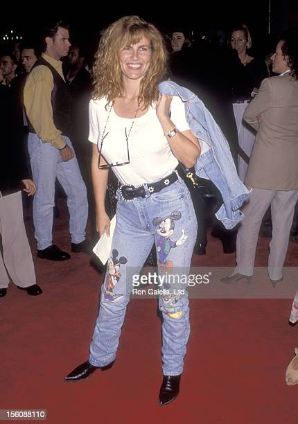 Model/actress Tawny Kitaen attends the 'True Romance' Hollywood Premiere on September 8 1993 at Mann's Chinese Theatre in Hollywood California
