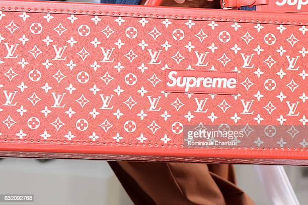 A modelbag detail walks the runway during the Louis Vuitton Menswear Fall/Winter 20172018 show as part of Paris Fashion Week on January 19 2017 in...
