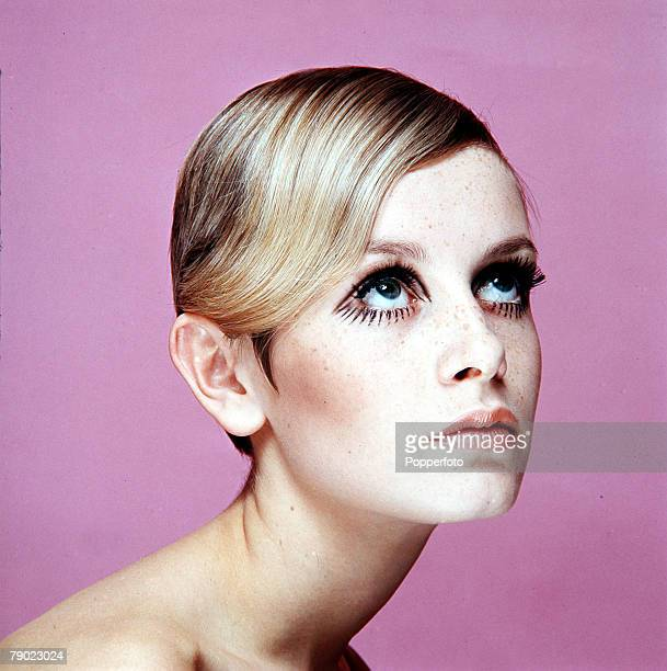 1967 Modelling A portrait of British model Twiggy wearing black mascara