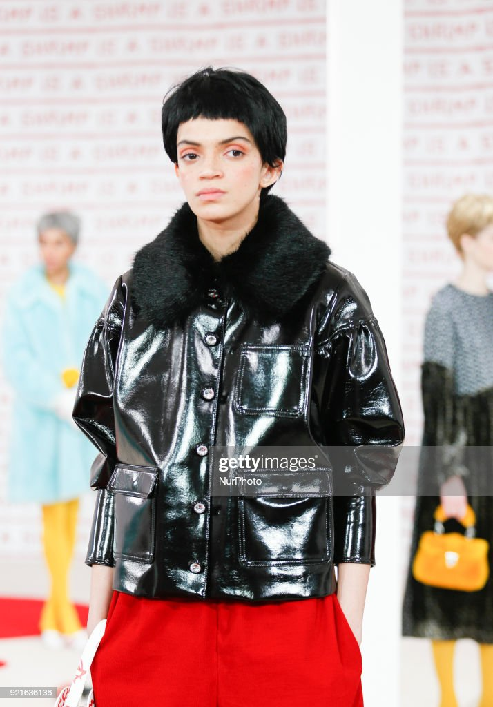 Shrimps Presentation - LFW February 2018 : Foto di attualità