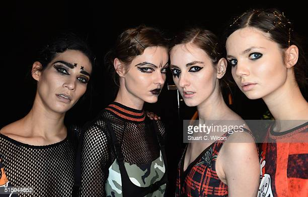 Models are seen backstage ahead of the DB Berdan show during the MercedesBenz Fashion Week Istanbul Autumn/Winter 2016 at Zorlu Center on March 16...