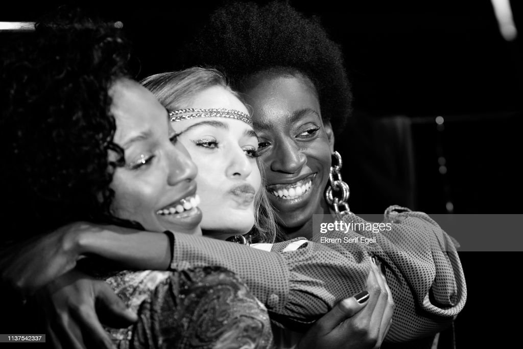 Exquise -  Backstage -  Mercedes-Benz Fashion Week Istanbul - March 2019 : News Photo
