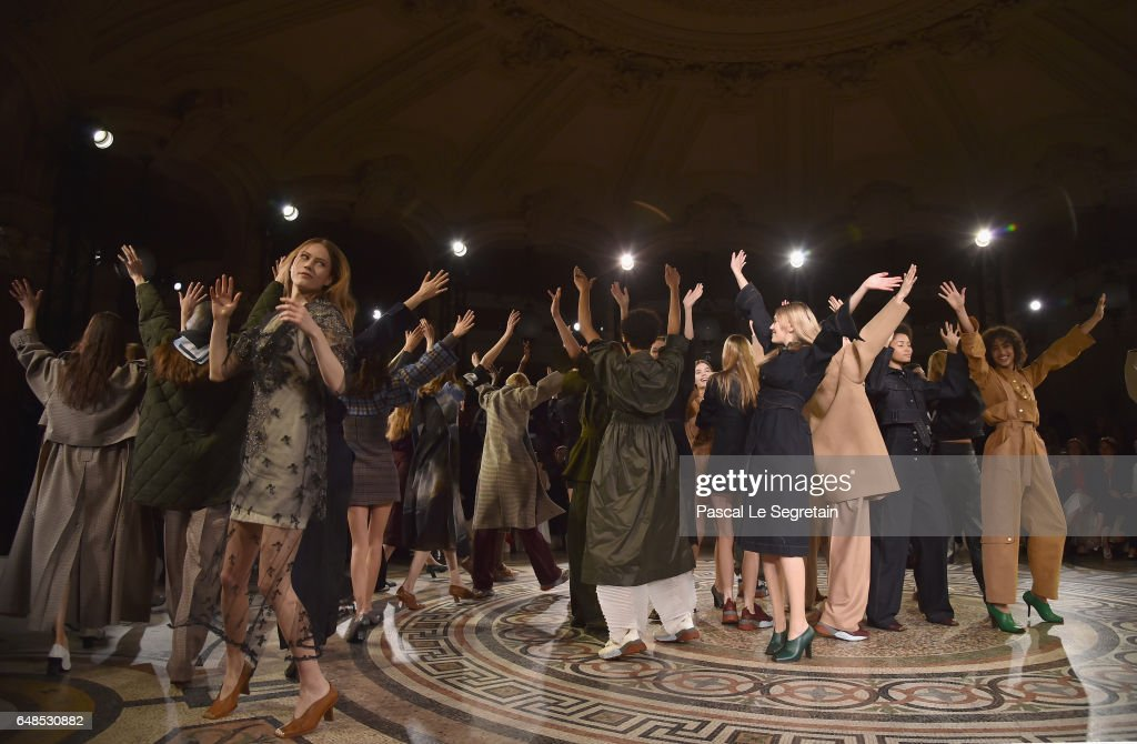 Models are seen on the runway during the finale of the Stella McCartney show as part of the Paris Fashion Week Womenswear Fall/Winter 2017/2018 on March 6, 2017 in Paris, France.