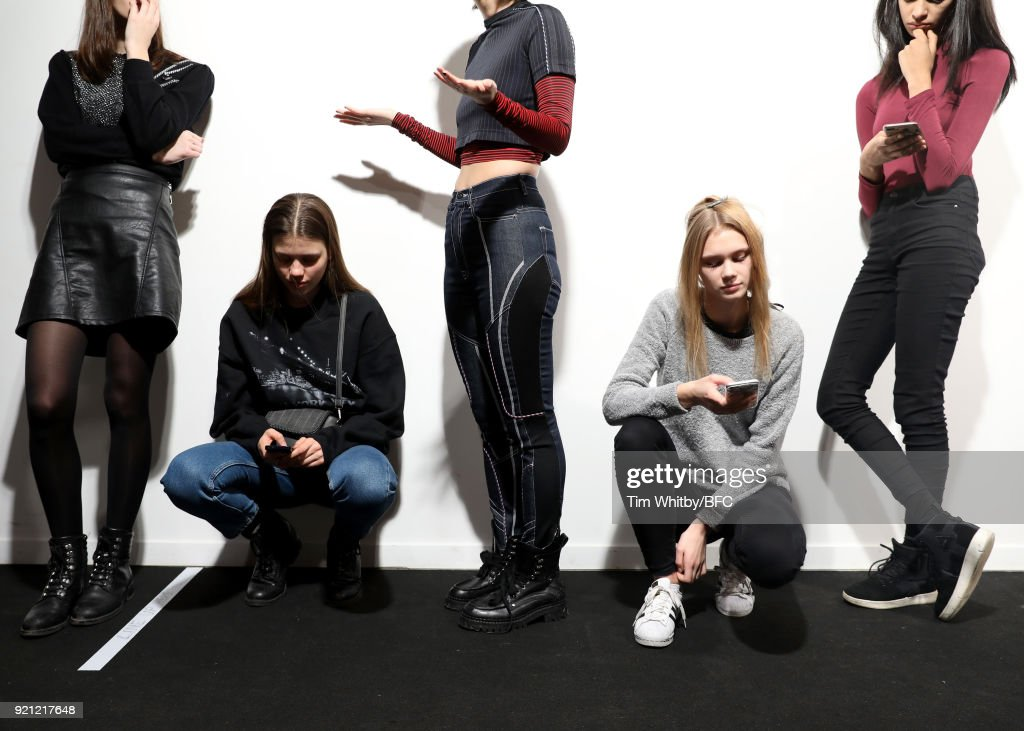 Teatum Jones - Backstage - LFW February 2018