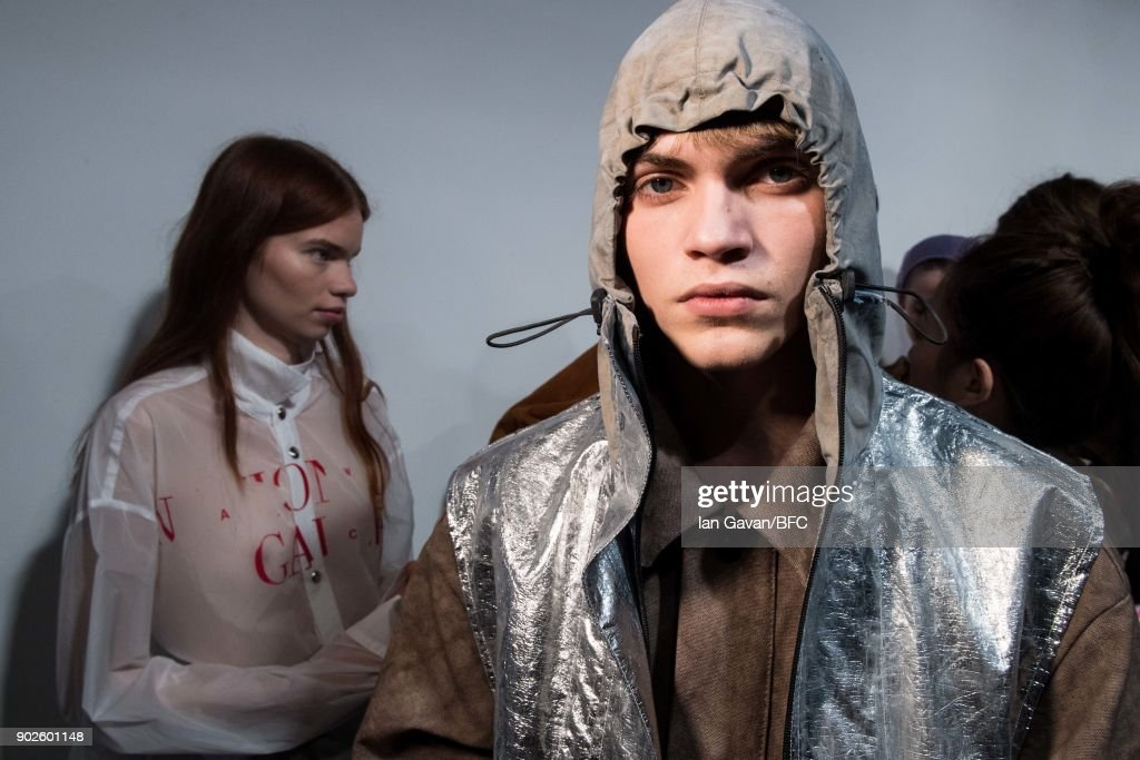 A-COLD-WALL - Backstage - LFWM January 2018 : ニュース写真