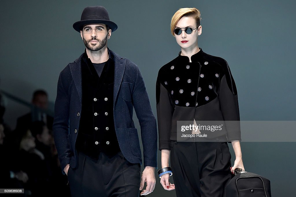 Giorgio Armani - Runway - Milan Men's Fashion Week FW16 : News Photo