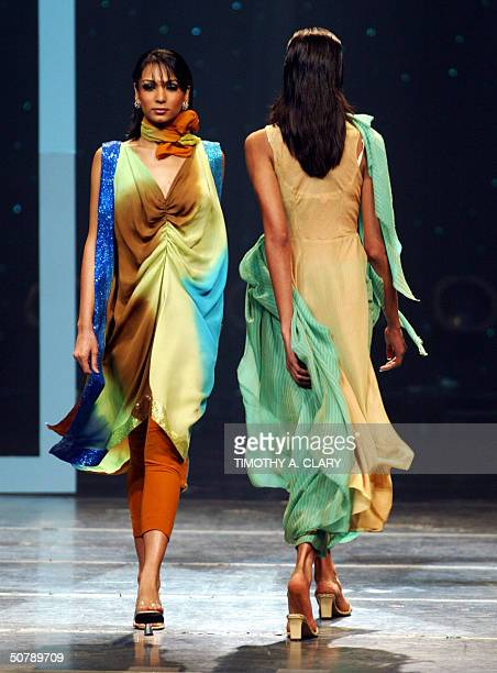 Models display the collection of Alia Khan during the 2004 Bollywood Fashion Awards at the Trump Taj Mahal 30 April 2004 in Atlantic City New Jersey...