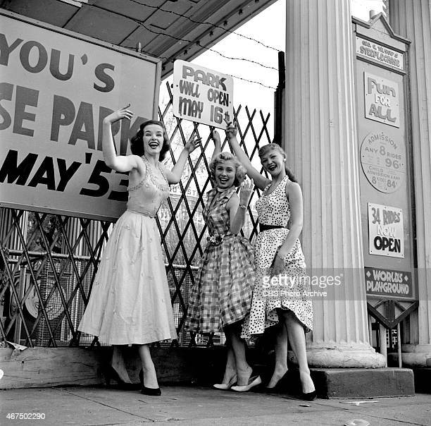 Models from the CBS gameshow The Big Payoff Pat Conway Cindy Robbins and Connie Mavis at Steeplechase Park Coney Island Brooklyn NY Image dated May...