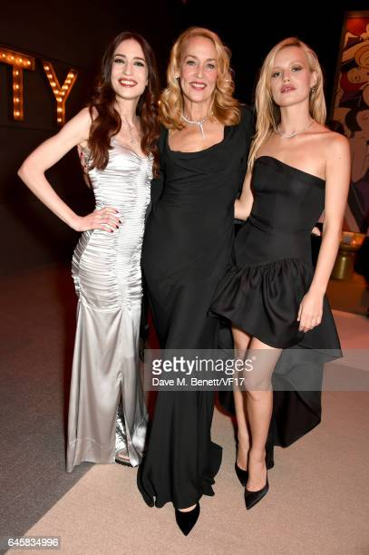 LR Models Georgia May Jagger Jerry Hall and Elizabeth Jagger attend the 2017 Vanity Fair Oscar Party hosted by Graydon Carter at Wallis Annenberg...