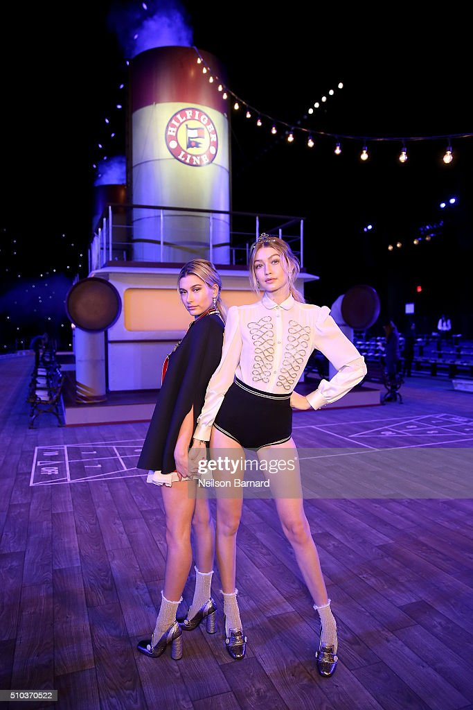 Tommy Hilfiger Women's - Backstage - Fall 2016 New York Fashion Week: The Shows : News Photo