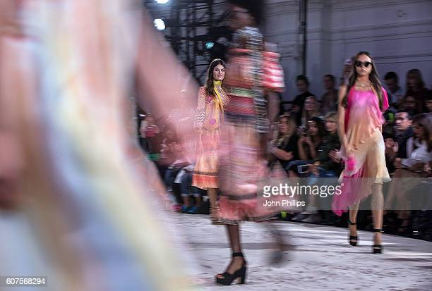 Models including Isabeli Fontana walk the runway at the Temperley London show during London Fashion Week Spring/Summer collections 2017 on September...