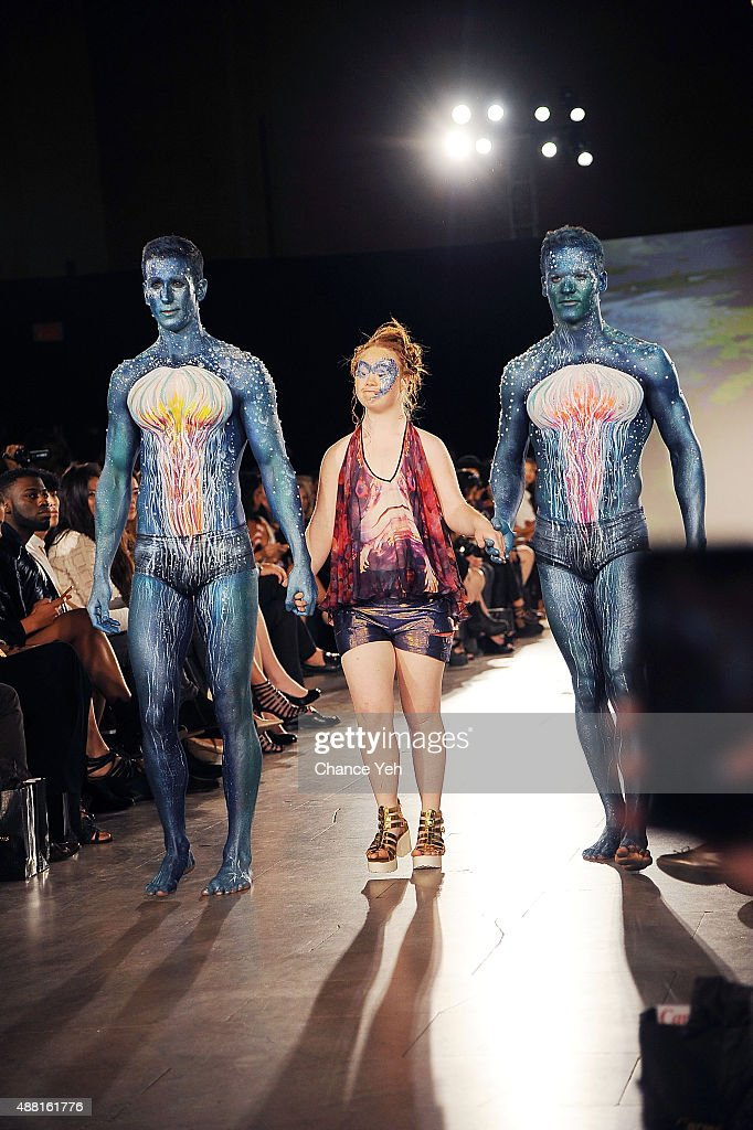 Hendrik Vermeulen - Runway - Spring 2016 New York Fashion Week : News Photo