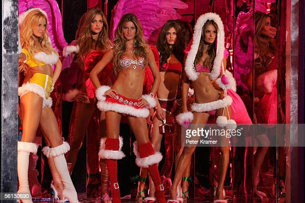 Models Karolina Kurkova Ana Beatriz Barros Gisele Bundchen Bianca Balti and Alessandra Ambrosio pose on the runway at The Victoria's Secret Fashion...