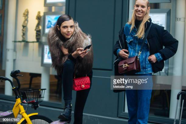 Models Lea Julian and Jessie Bloemendaal outside the Ellery show at Ecole des BeauxArts on January 23 2018 in Paris France