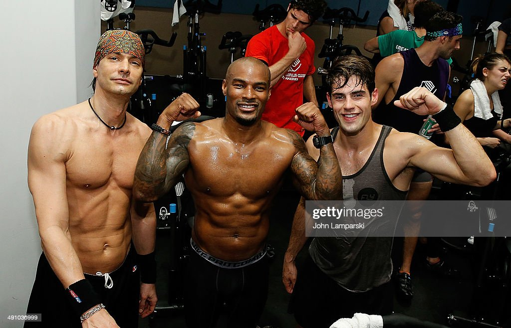 Models marcus schenkenberg brian shimansky tyson beckford chad white picture id491036999 models marcus schenkenberg brian shimansky tyson beckford chad white attend cycle with thecheapjerseys Gallery