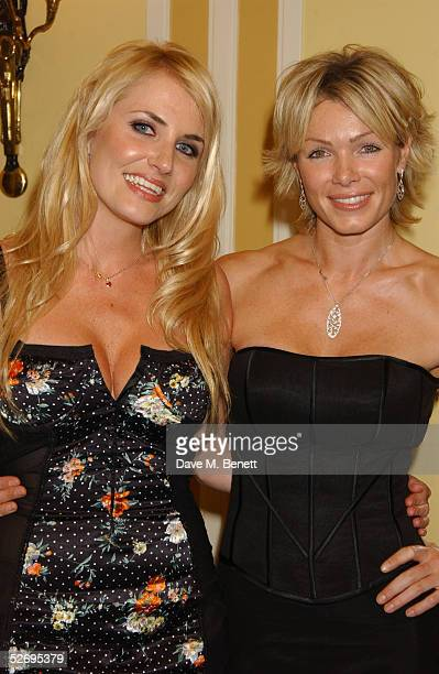 Models Nancy Sorrell and Nell McAndrew attend the UK FiFi Awards at The Dorchester on April 25 2005 in London England The awards mirror the...