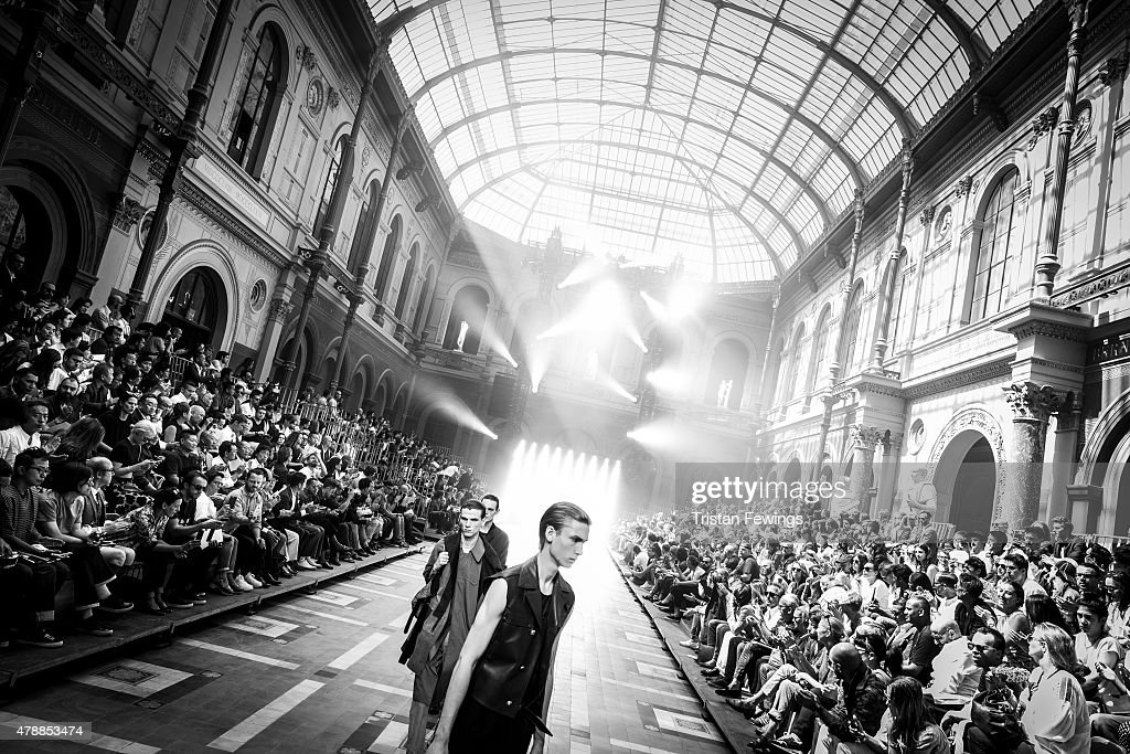 Models on the runway at the Lanvin Menswear Spring/Summer 2016 show as part of Paris Fashion Week on June 28, 2015 in Paris, France.