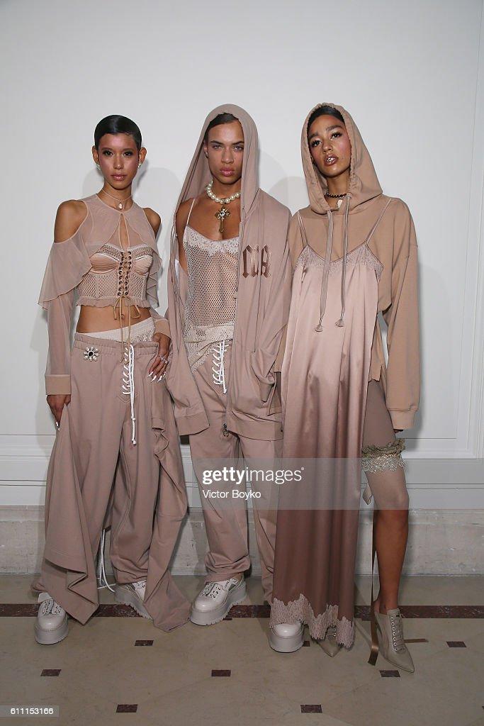 FENTY x PUMA by Rihanna : First Look - Paris Fashion Week Spring/Summer 2017 : News Photo