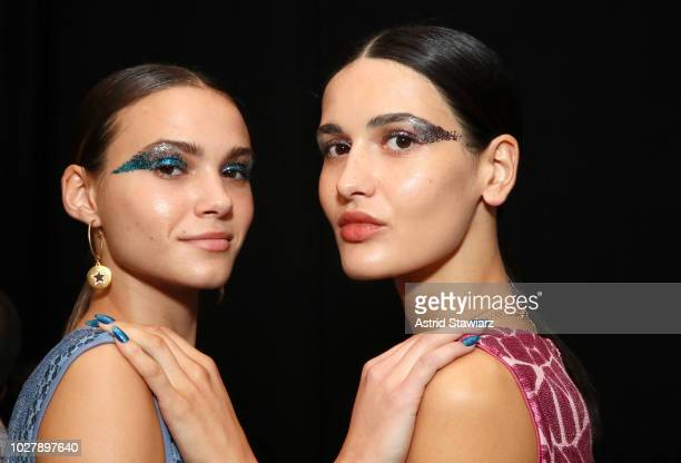 Models pose backstage before the Tadashi Shoji show during New York Fashion Week The Shows at Gallery I at Spring Studios on September 6 2018 in New...
