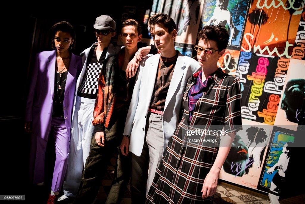 Paul Smith : Backstage - Paris Fashion Week - Menswear Spring/Summer 2019 : ニュース写真