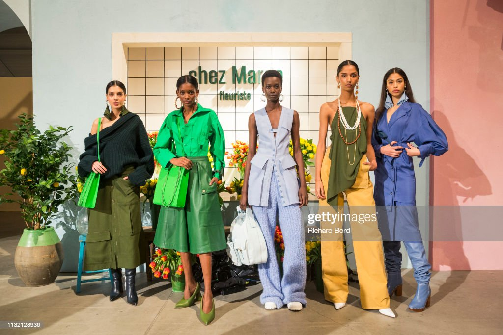 Jacquemus : First Line - Paris Fashion Week Womenswear Fall/Winter 2019/2020 : News Photo