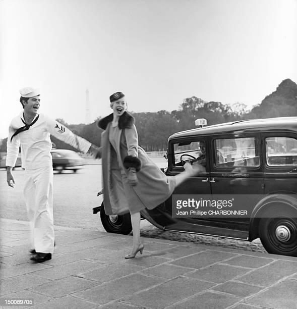 Models posing on the place de la Concorde 1960 in Paris France