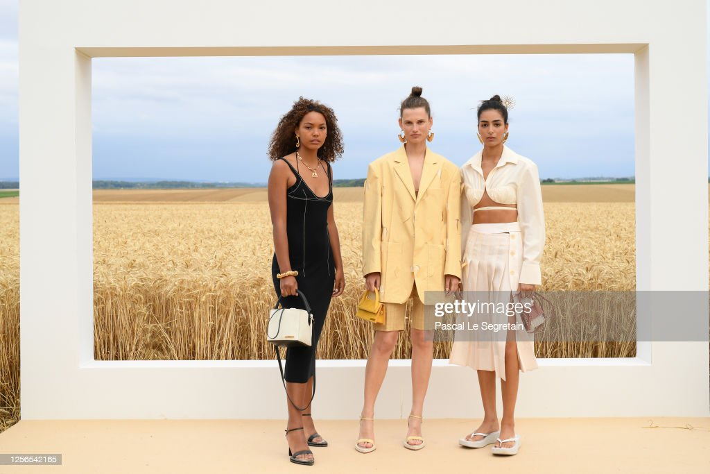 """L'Amour"" : Jacquemus Spring-Summer 2021 : First Line : ニュース写真"