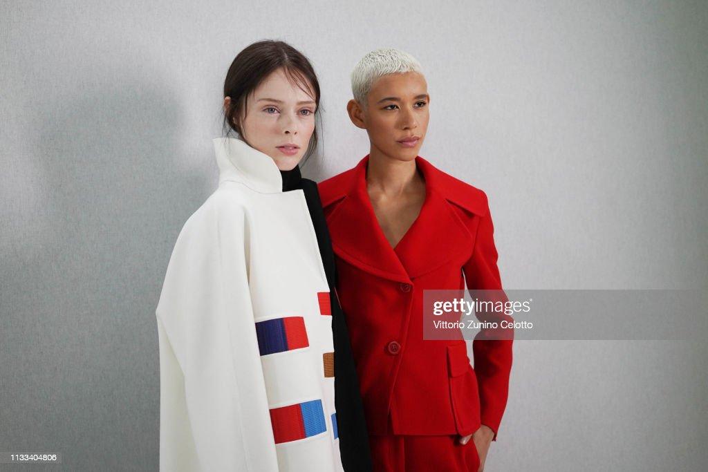 Akris : Backstage - Paris Fashion Week Womenswear Fall/Winter 2019/2020 : ニュース写真