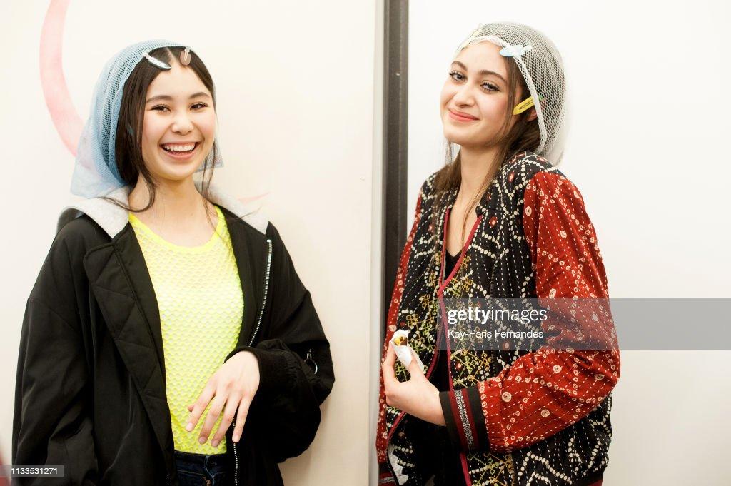 Each x Other  : Backstage - Paris Fashion Week Womenswear Fall/Winter 2019/2020 : ニュース写真