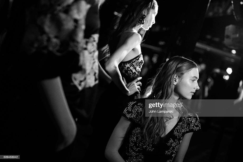 Josie Natori - Presentation - Fall 2016 New York Fashion Week : News Photo
