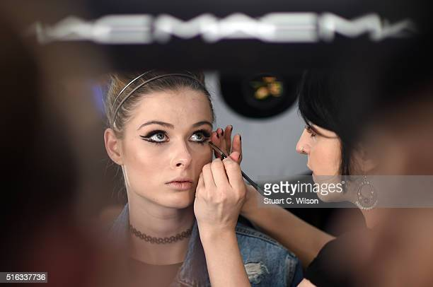 Models prepare backstage prior to the Ozlem Erkan show during the MercedesBenz Fashion Week Istanbul Autumn/Winter 2016 at Zorlu Center on March 18...