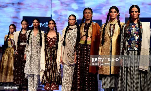 Models present creations by designer Zen Next at the Lakme Fashion Week Winter/Festive 2019 in Mumbai on August 21 2019 / XGTY / RESTRICTED TO...
