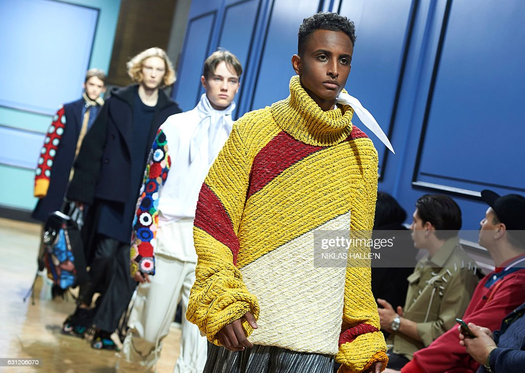 BRITAIN-FASHION-JW ANDERSON : News Photo