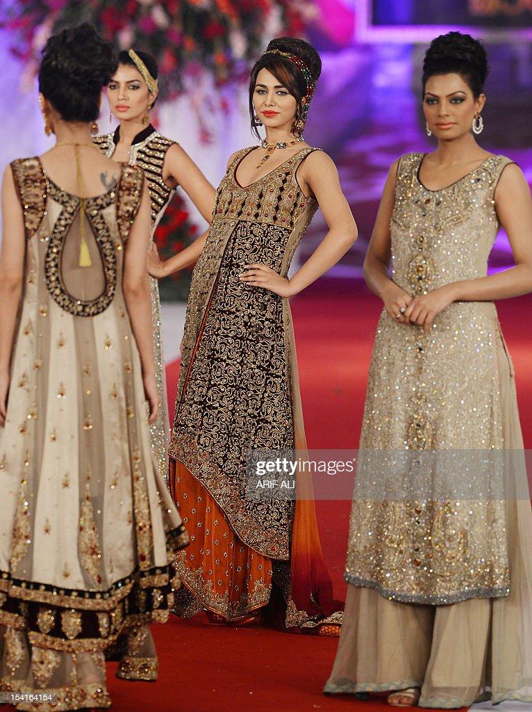 Fashion show style 360 dresses