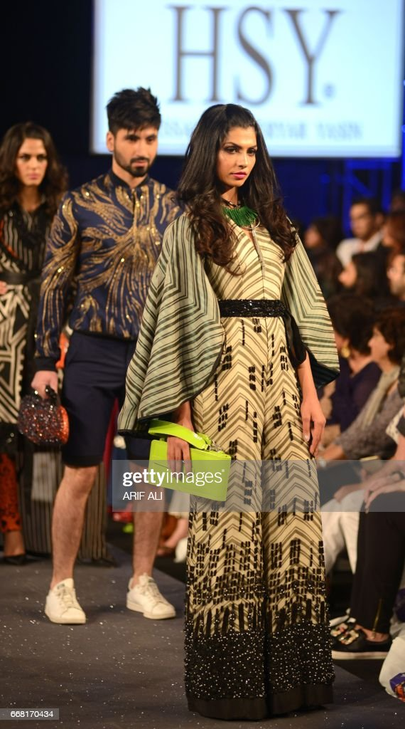Models Present Creations By Pakistani Fashion Designer Hassan News Photo Getty Images