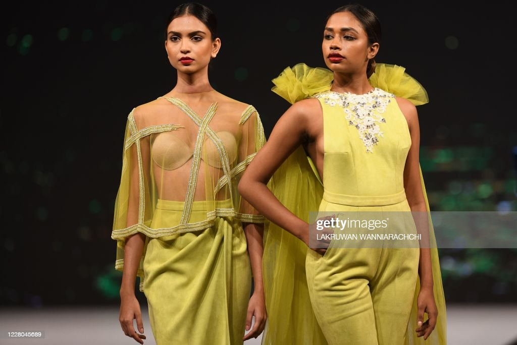 Models Present Creations By Sri Lankan Fashion Designer Aslam Hussein News Photo Getty Images