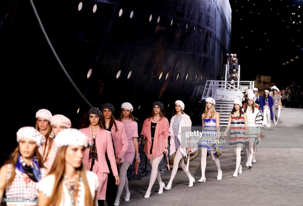 FASHION-FRANCE-CHANEL-CROISIERE : Nachrichtenfoto