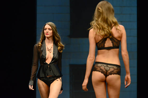 Salon international de la lingerie at parc des expositions for Salon de la mode paris 2017