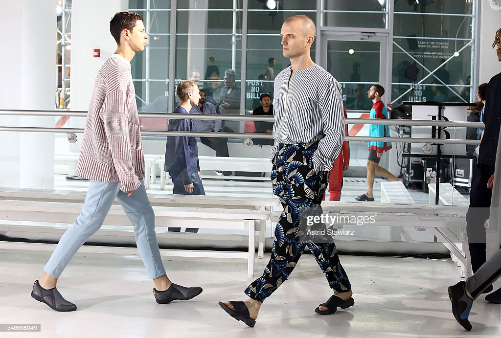 N. Hoolywood - Backstage - New York Fashion Week: Men's S/S 2017 : News Photo