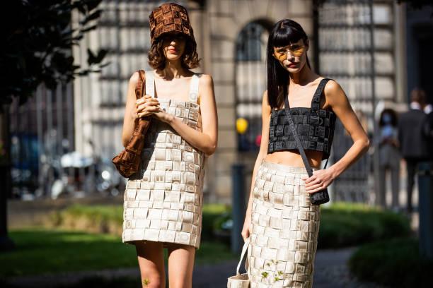 ITA: Street Style - Day 2 - Milan Fashion Week - Spring / Summer 2022